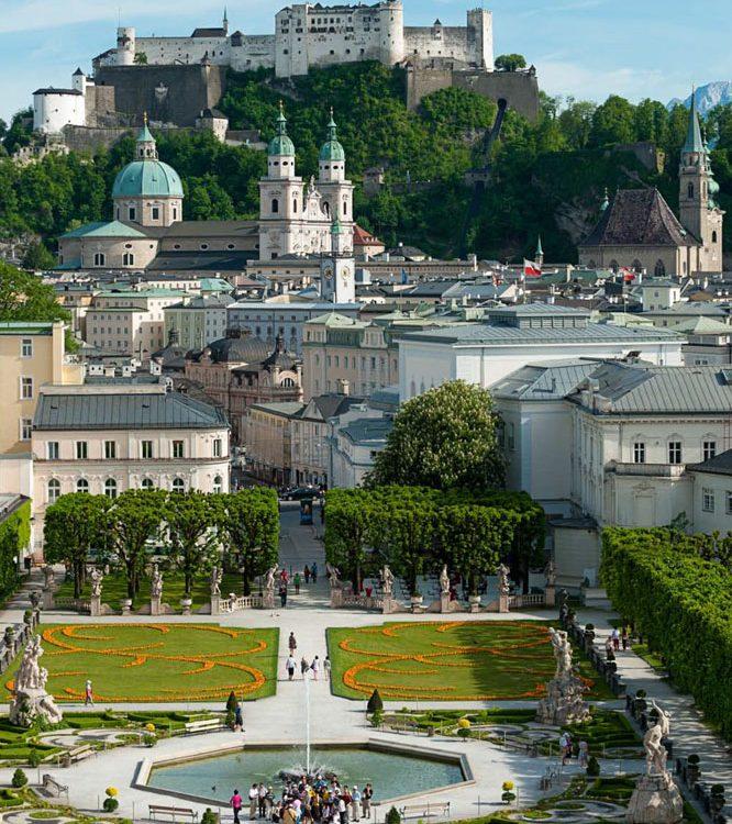 Tour nach Salzburg Schloss Hellbrunn Österreich Austria Transfer Ibel München