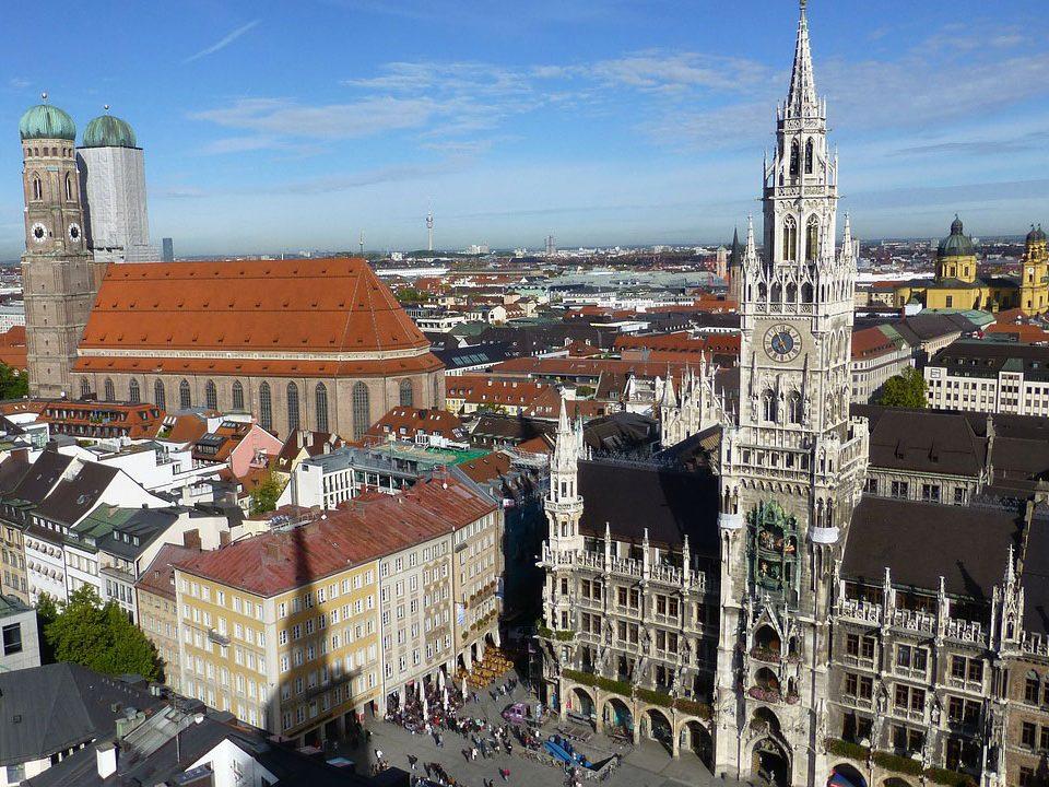 City Städte Tour München und andere Metropolen Tranfser Ibel Bayern Germany