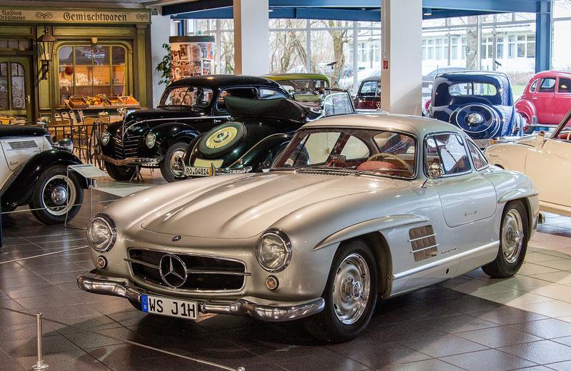 Tour Amerang Automuseum und Ritterturnier Transfer Ibel Bayern München